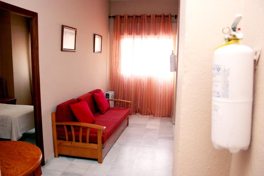 Salón Apartamentos Estándar Nervión Cruzcampo